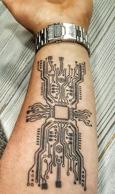 Discover arcade classics to current titles when using the top 100 best video game tattoos for men. Tech Tattoo, Gaming Tattoo, Diy Tattoo, Computer Tattoo, Tattoo Art, Body Art Tattoos, Sleeve Tattoos, Tatoos, Geometric Tattoos