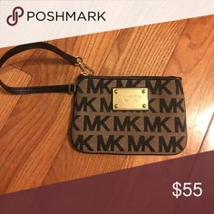 NEW MICHAEL KORS WRISTLET New MICHAEL KORS WRISTLET. Can hold small items such as credit cards, cash, keys, lipstick, ect. Michael Kors Bags Clutches & Wristlets