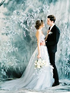 Such an amazing wedding dress shot by Svetlana Strizhakova from today's 'how to have a winter wedding in summer' post!