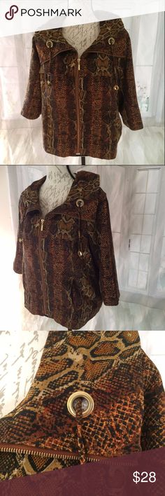 "Erin London Small Leopard Jacket Women's Unlined, heavy canvas weight. Used but good condition. 97% polyester and 3% spandex. Machine wash cold. Drawstring collar. Zipper closure. 21"" long, 20"" bust, 18"" sleeve Erin London Jackets & Coats"