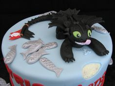 Cake gâteau dragon krokmou toothless how to train your dragon fondant gumpaste