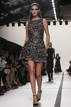 Elie Saab Ready To Wear Spring Summer 2014 Paris - NOWFASHION