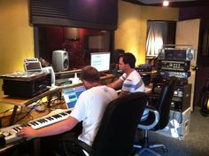 Recording of new album at Bounce County, Melbourne. Count Bounce and Elgusto in some of the early sessions.
