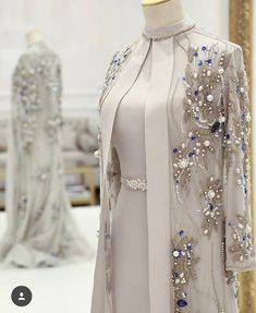 Gorgeous Beaded Mother Of The Bride Dresses With Long Sleeves Pearls Plus Size Wedding Guest Dress Crystals High Neck Evening Gowns Tesettür Abiye Modelleri 2020 – Tesettür Modelleri ve Modası 2019 ve 2020 Abaya Fashion, Muslim Fashion, Modest Fashion, Fashion Dresses, Chanel Fashion, Classy Fashion, Trendy Fashion, Fall Fashion, Boho Fashion