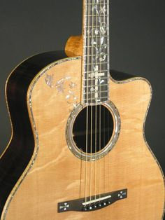 Worland Guitars - Builder of fine hand made custom acoustic guitars