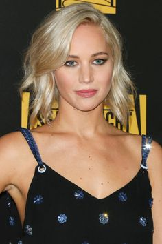 The 10 best spring haircuts to inspire your next salon visit: Jennifer Lawrence's textured, uneven lob