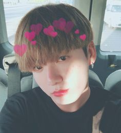 MY HEARTEU <3! MY ULTIMATE BIAS RIGHT HERE, JEON JUNGKOOK.  I LOVE HIM SO MUCH  *.:。 ✿*゚