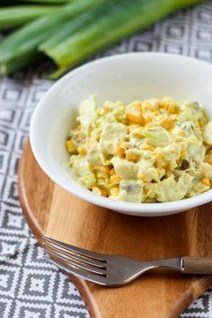 Przepis na sałatkę śledziową z porem i kukurydzą Risotto, Salad Recipes, Macaroni And Cheese, Salads, Vegetables, Ethnic Recipes, Food, Lettuce Recipes, Mac And Cheese