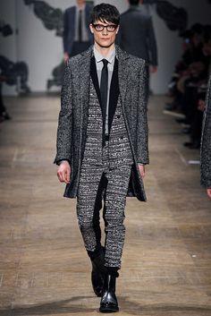 Viktor & Rolf - Fall 2013 Menswear