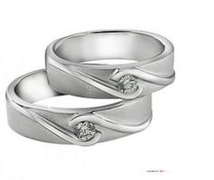 Cincin Kawin Cibagem merupakan Cincin Kawin terbuat dari perak berkualitas terbaik 925, dengan desain simple, unik nan elegan. Cincin Kawin ini memiliki sebuah batu dan ornamen di sekeliling batu seperti menggengam erat batu tersebut http://dodolperak.com/?p=275