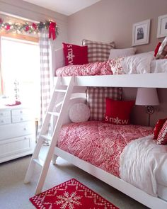 50 Cozy & Festive Christmas Bedroom Decorations To Keep Up All Holiday Season Hike n Dip Cozy Bedroom Ideas Bedroom Christmas cozy Decorations Dip Festive Hike Holiday season Winter Bedroom Decor, Cute Bedroom Decor, Headboard Decor, Warm Bedroom, Kids Bedroom, Bedroom Ideas, Christmas Tree For Bedroom, Christmas Bedding, White Christmas