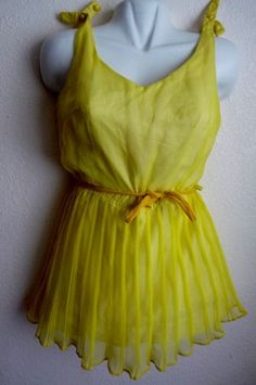 VTG 1950S Yellow RETRO Pin Up ROCKABILLY Sheer + Pleated Bathingsuit Swimsuit S