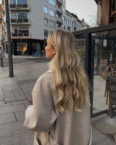Blonde Hair Shades, Blonde Hair Looks, Brown Blonde Hair, Beige Blonde Hair Color, Beach Blonde Hair, Blonde Hair Inspiration, Hair Inspo, Aesthetic Hair, Dream Hair