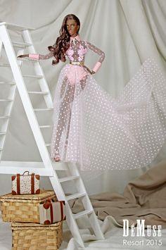 DéMuse High Fashion Doll: Tienda