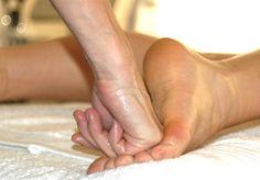 Varje fredag erbjuder Sandrine Staaf på Revivekliniken klassiskt massage 60 min. Kontakta oss på tel:08:6111600 för bokning av tid. Varmt välkomna. www.revivekliniken.com