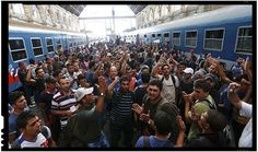 Pentru ca nu poate convinge Polonia, Ungaria, Cehia si Slovacia sa primeasca neconditionat imigranti, UE pune presiune pe Romania pentru a prelua refugiati direct din Turcia! Dupa ce tarile din grupul de la Visegrad au hotarat sa faca front comun si sa se opuna impunerii cotelor obligatorii de imigranti de catre Uniunea Europeana, unele dintre aceste patru tari refuzand categoric primirea de imigranti, in timp ce altele vor sa fie lasate sa-si aleaga cu rigurozitate imigrantii pe care sunt…