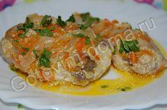 рецепт Курица, тушенная с луком и морковью