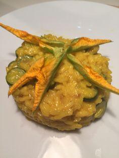 Risotto zafferano fiori di zucchina e zucchine baby - Zucchini flower, zucchini and saffron risotto