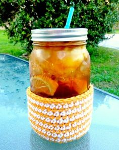 Crochet Mason Jar Coozie / beginner / FREE CROCHET pattern / cold drink but not cold hands