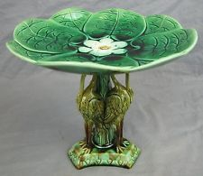 FABULOUS MAJOLICA COMPOTE LILLY PAD With Three Cranes