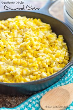 Southern Style Creamed Corn - Skillet cream corn is a decadent treat and it& so very simple to make. To make it, you must use real cream and butter which gives it a rich and silky cream sauce base that is simply hard to beat. Side Dish Recipes, Vegetable Recipes, Dinner Recipes, Dinner Ideas, Southern Dishes, Southern Recipes, Southern Food, Southern Fried Corn, Southern Comfort