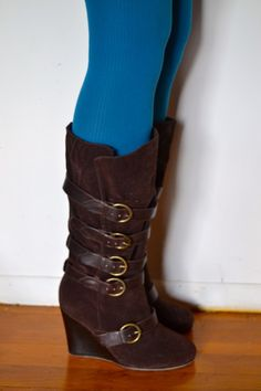Calf boots with buckle detail