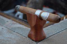 Making a carob wood cigar rest Cigar Ashtray Diy, Cigar Humidor, Good Cigars, Cigars And Whiskey, Barrel Projects, Wood Projects, Cigar Holder, Premium Cigars, Cigar Cases