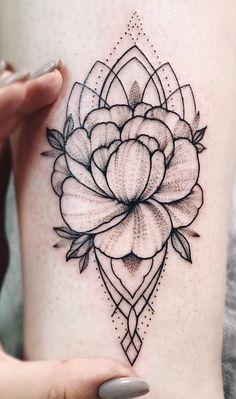 200 Fotos de tatuagens femininas no braço para se inspirar - Fotos e Tatuagens Love Tattoos, Tattoos For Women, Tatoos, Female Tattoos, Ink, Amanda, Wreath Tattoo, Arm Tattoos, Blossom Tattoo