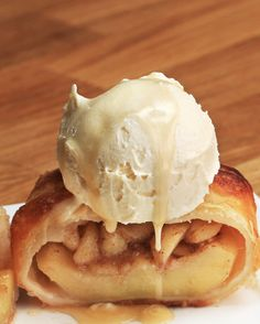 Baked Apple Pie Dumplings