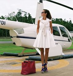 Outfit for travel. White dress.