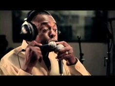 History of the typewriter recited by Michael Winslow 2010. - YouTube