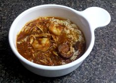 Crockpot Jambalaya - A quick and healthy recipe thats great for a weeknight! | gettinmyhealthyon.com