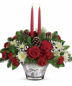 Sparkling Star Centerpiece: Celebrate the season with a beautiful table centerpiece. Our Sparkling Star Centerpiece is perfect for your family gathering or an evening hosting friends. Makes a great gift! Rose Gold Christmas Decorations, Christmas Swags, Christmas Flowers, Christmas Centerpieces, Christmas Design, Christmas Time, Christmas Crafts, Holiday, Christmas Flower Arrangements