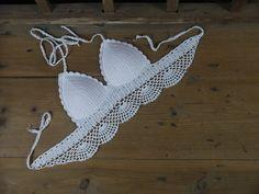 crochet swimwear crop top sexy Handmade bikini por Handmadehomeno1