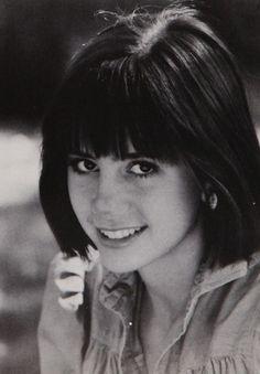 #HappyBirthday Mira Sorvino (September 28, 1967) - click to view her 1986 Dwight-Englewood School online #yearbook! #RomyandMichelleHighSchoolReunion #MightyAphrodite