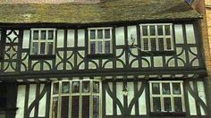 A tour of a merchant house in Ludlow, Shropshire, and a look at Tudor innovations such as window glass and wood panelling. Tudor songs and a reconstruction give an idea of what it might have been like to live there.
