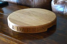 Engraved Round Oak Chopping Board http://makemesomethingspecial.co.uk/product-category/engraved-chopping-boards/