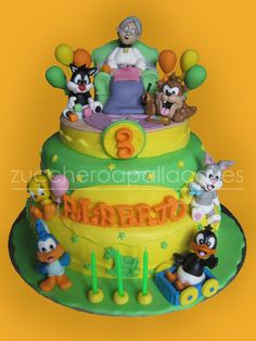 Looney Tunes. View more at Suburban Fandom's Fan Cakes board http://pinterest.com/SuburbanFandom/fan-cakes/