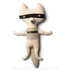 Cool badger bandit http://www.knuffelsalacarte.nl/nl/maileg-knuffeldas.html