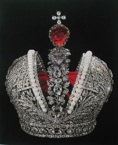 """The court jeweller Ekart and Jeremia Pauzie made the Great Imperial Crown for the coronation of Catherine Ⅱ in 1762. It is adorned with 4936 diamonds arranged in splendid patterns across the entire surface of the crown Bordering the edges of the """"mitre"""" are a number of fine, large white pearls. The crown is also decorated with a large precious red spinel weighing 398.72 carats (79.744 g) from China. It is believed to be the second largest spinel in the world."""
