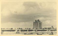De bevrijding van Amsterdam; Liberation of Amsterdam; De Bevrijdingspagina geeft een beeld van de gebeurtenissen van 8 mei 1945 op en rond de Berlagebrug