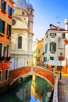 """yourbadgrrl: """" bluepueblo: """" Canal, Venice, Italy photo via michelle """" Meet me here… """" Oh The Places You'll Go, Places To Travel, Places To Visit, Portugal, Bologna, Travel Around The World, Around The Worlds, Italy Pictures, Dream Vacations"""