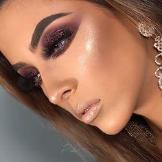 Gold Eye Makeup, Glam Makeup Look, Sexy Makeup, Kiss Makeup, Gorgeous Makeup, Makeup Inspo, Makeup Inspiration, Makeup Tips, Makeup Looks