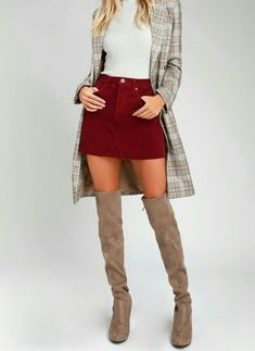 Lily Collins, Knee Boots, Mini Skirts, Shoes, Fashion, Zapatos, Moda, Shoes Outlet, La Mode