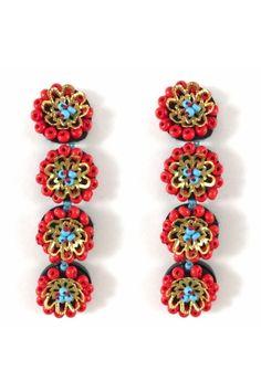 Aretes Long flower rojo Alejandra Valdivieso joyas jewelry designer Jewelry Design, Bracelets, Earrings, Fashion, Colombian Women, Modern Women, Fashion Trends, Red, Stud Earrings