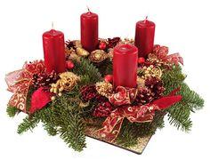 Corona de Adviento con velas rojas para Navidad
