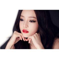 フォロワー1.1百万人、フォロー中0人、投稿528件 ― 구하라さん(@koohara__)のInstagramの写真と動画をチェックしよう Goo Hara, Korea Fashion, Beautiful Person, Cute Woman, Girl Group, Asian Girl, Rapper, Hair Color, Celebrities