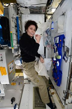 """International Space Station Samantha: """"This is my hygiene corner: almost like home, except that water comes in pouches ;-)""""+Notifications - Google+"""