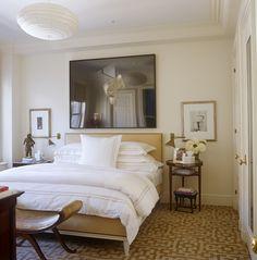Clean & Simple White Bedding. La alfombra