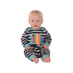 The Frugi Charlie Romper has everything you and your baby needs in a romper - it's super soft made from organic cotton. The envelope neck and popper on th Baby Needs, Navy Stripes, Organic Cotton, Envelope, Kids Rugs, Rompers, Clothes, Collection, Outfits